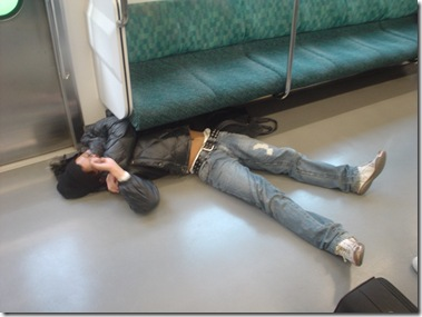 Japanese-Sleeping-Style-in-Train