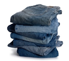Stack_of_jeans_03-15-2010_032105