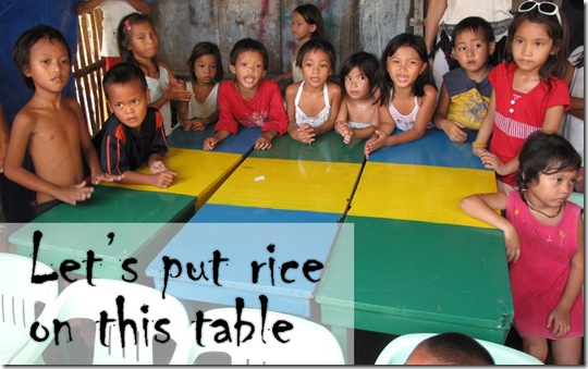 let's put rice on this table