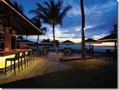 kota-kinabalu-hotels-Shangri-la-Rasa-Ria-Resort-sampan-bar