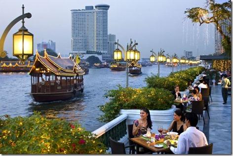 mandarin-oriental-bangkok-riverside-terrace