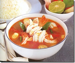 Tom-yam-hot-and-spicy-soup-is-one-of-a-common-dishes