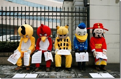 Angry-Birds-protest-1